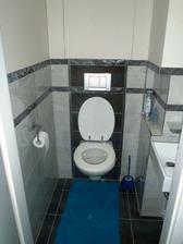 ešte to chce novu WC kefu, zhanam hranatu :)