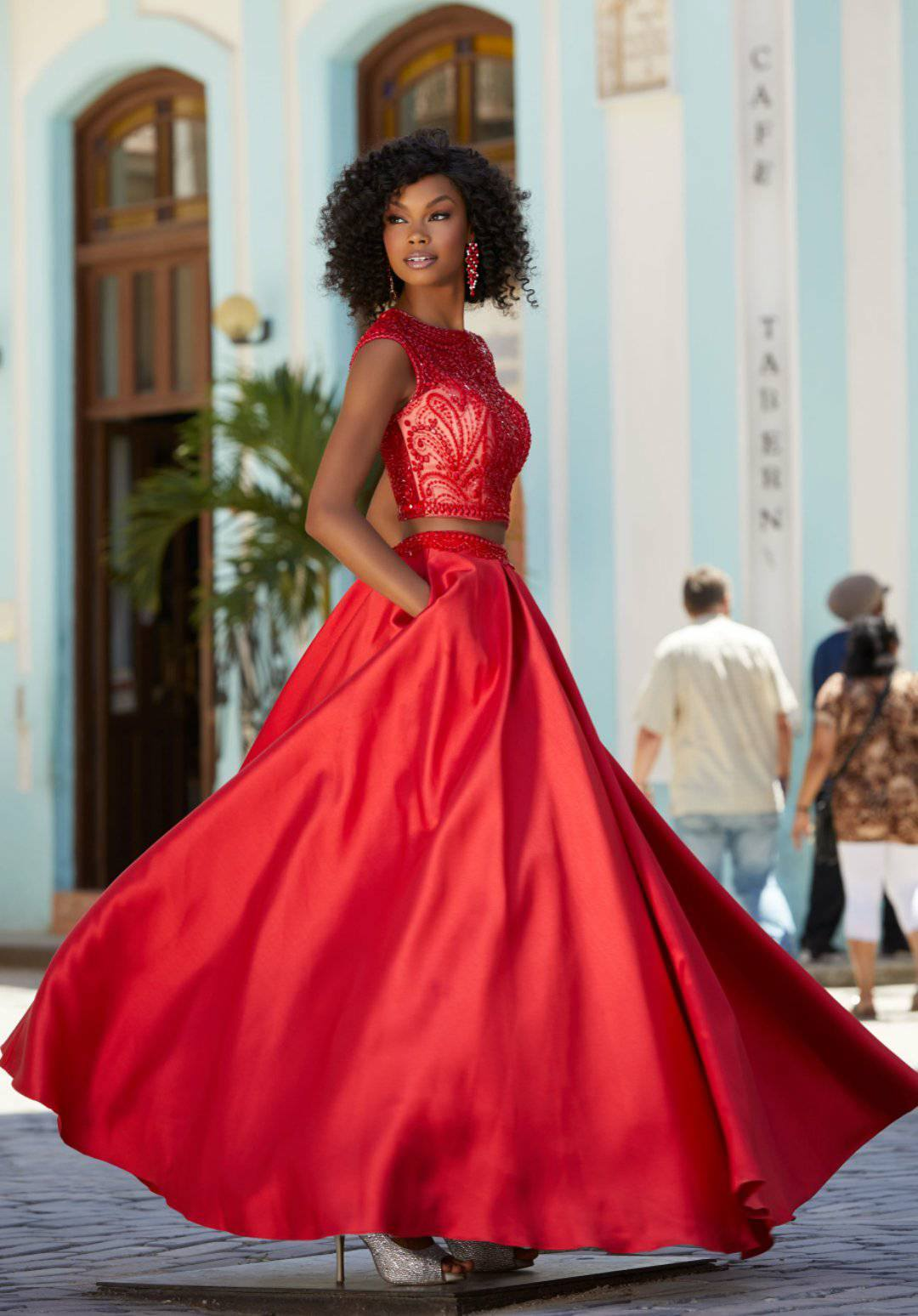 Nové společenské šaty - Obrázek č. 4