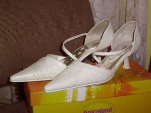 Moje botičky,jediná věc kterou mám.-))