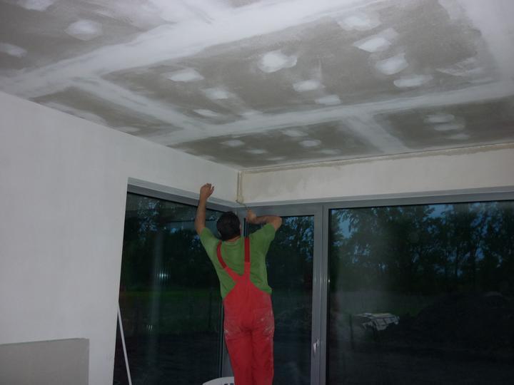 Náš domec - steny sú napenetrované