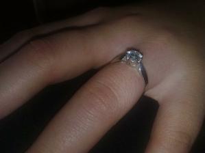 moj zasnubny prstienok...