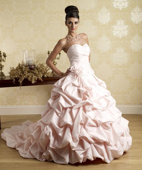 Svatební šaty - růžové i červené až do bordó - Obrázek č. 548