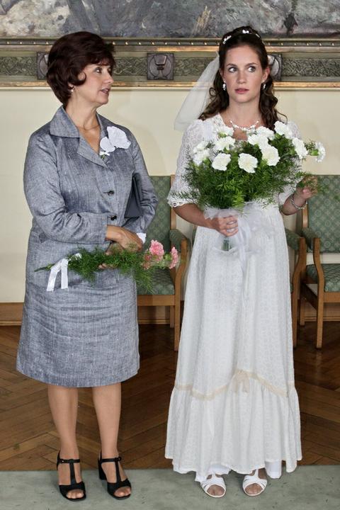 Svatby z filmů :) - Vyprávěj Zuzka a Tonda (dala jsme tuhle fotku kvůli šatům )