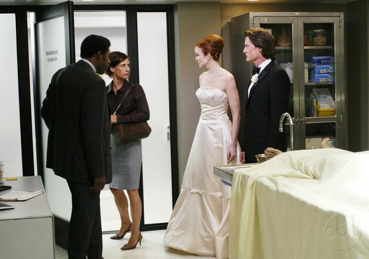 Svatby z filmů :) - Zoufalé manželky (jsou zde vidět celé šaty)