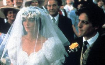 4 svatby a jeden pohřeb