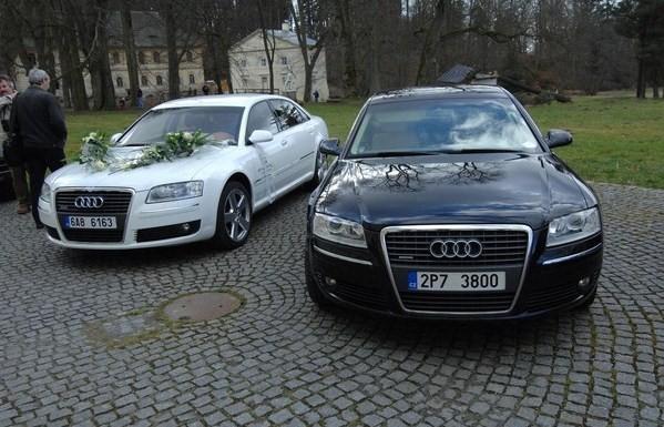 Svatby českých a slovenských osobností - Andrea Verešová & Daniel Volopich 10.března 2007 auta