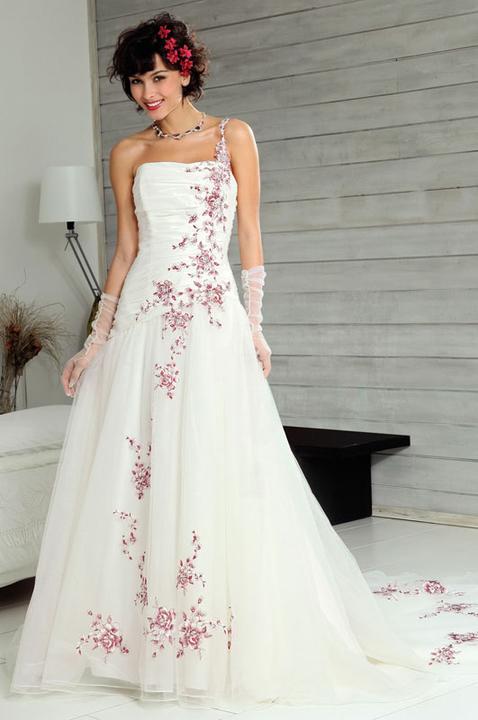 Svatební šaty - růžové i červené až do bordó - Obrázek č. 564