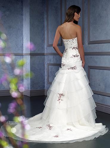 Svatební šaty - růžové i červené až do bordó - Obrázek č. 523