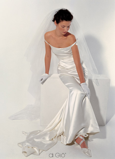 Inspiracie - svadobne saty - Le Spose di Gio - Classic 7 - taky retro styl. ten saten uplne laka pohladit