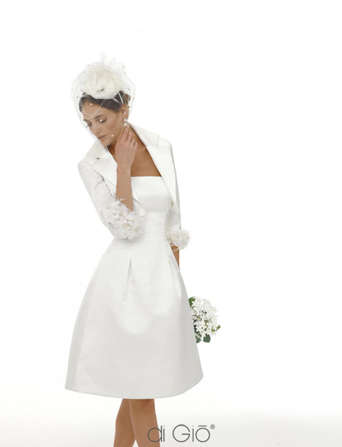 Inspiracie - svadobne saty - Le Spose di Gio - collection 2011 - 5 - headpiece je dokonaly! vsetko spolu take roztomilo hrave, ale viem si v tom predstavit aj na starsej dame
