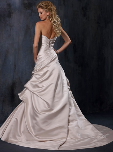 Inspiracie - svadobne saty - Maggie Sottero - Carrie B