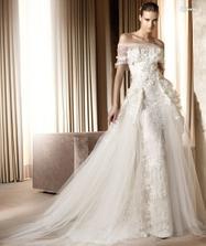 Ellie Saab for Pronovias 2011 - Minerva A - to iste, to uz sa aj bojim nazvat svadobnymi satami, to uz je haute couture :)