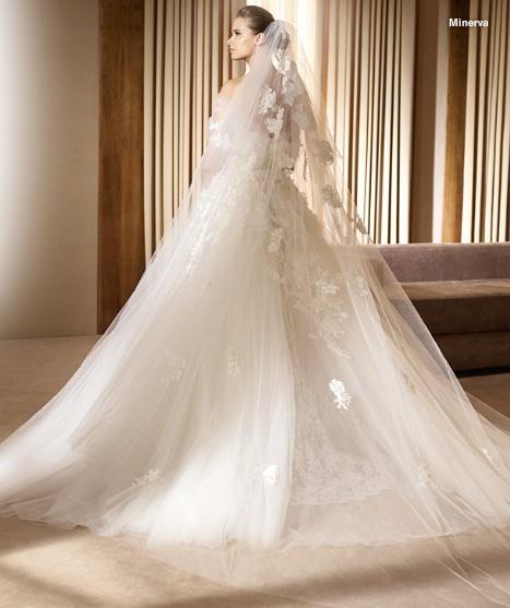 Inspiracie - svadobne saty - Ellie Saab for Pronovias 2011 - Minerva B - zavoj na mieru sa k tomu hodi perfektne