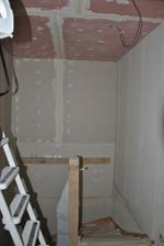 Zaklopený strop nad schodištěm