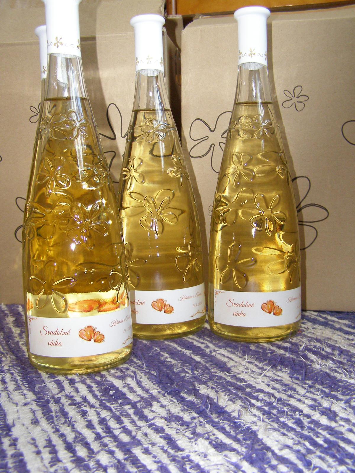 Pripravený a nachystaný - svadobné vínečko