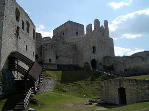 nádvoří hradu