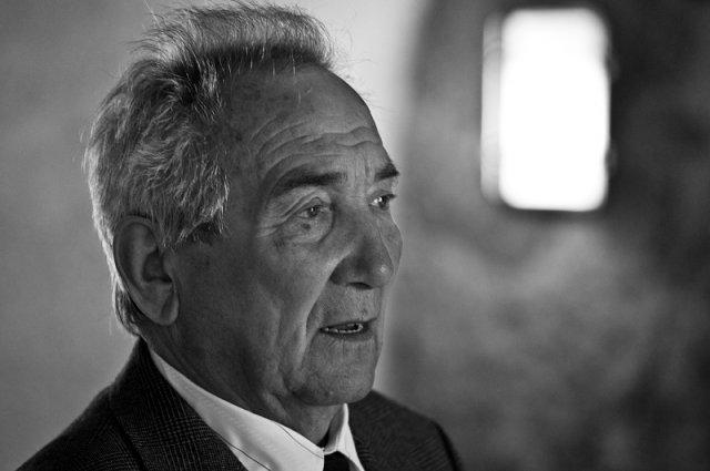 Jana Tesařová{{_AND_}}Luboš Ježek - dědeček při proslovu, moje nejmilejší fotka