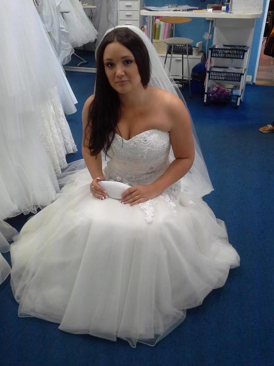 Svatební šaty - final - Obrázek č. 1