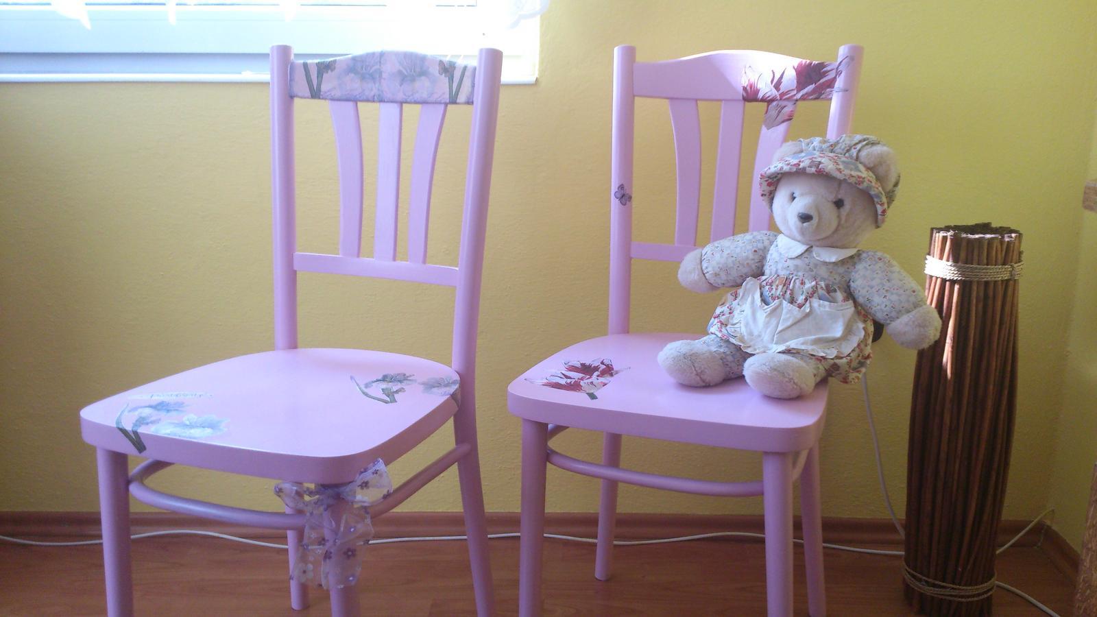 stolička vidieckeho štýlu - Obrázok č. 1
