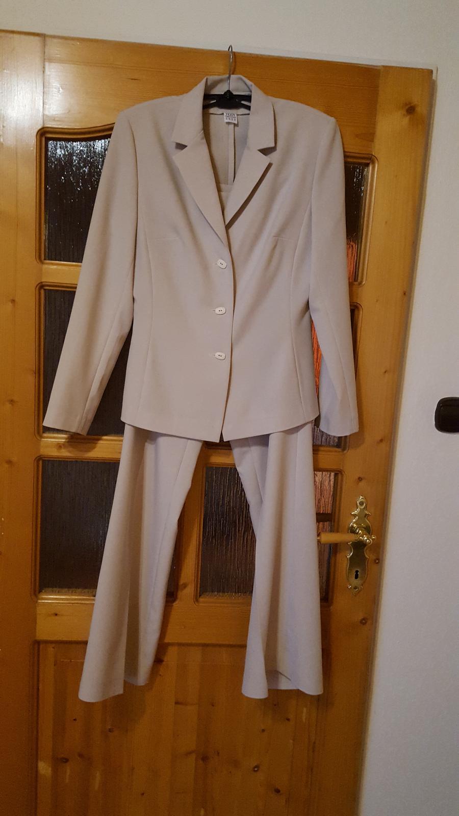 Damsky kostim - Obrázok č. 1