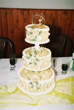 nasa svadobna torticka