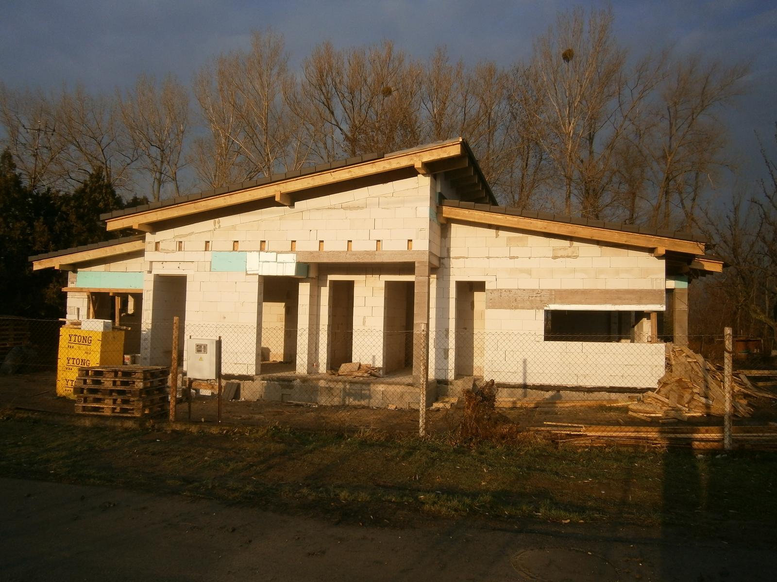 Bungalov s pultovymi strechami - Obrázok č. 36
