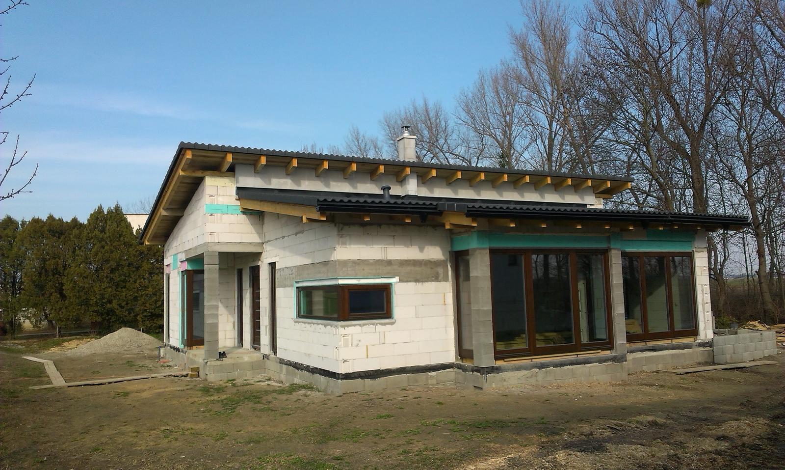 Bungalov s pultovymi strechami - Obrázok č. 50