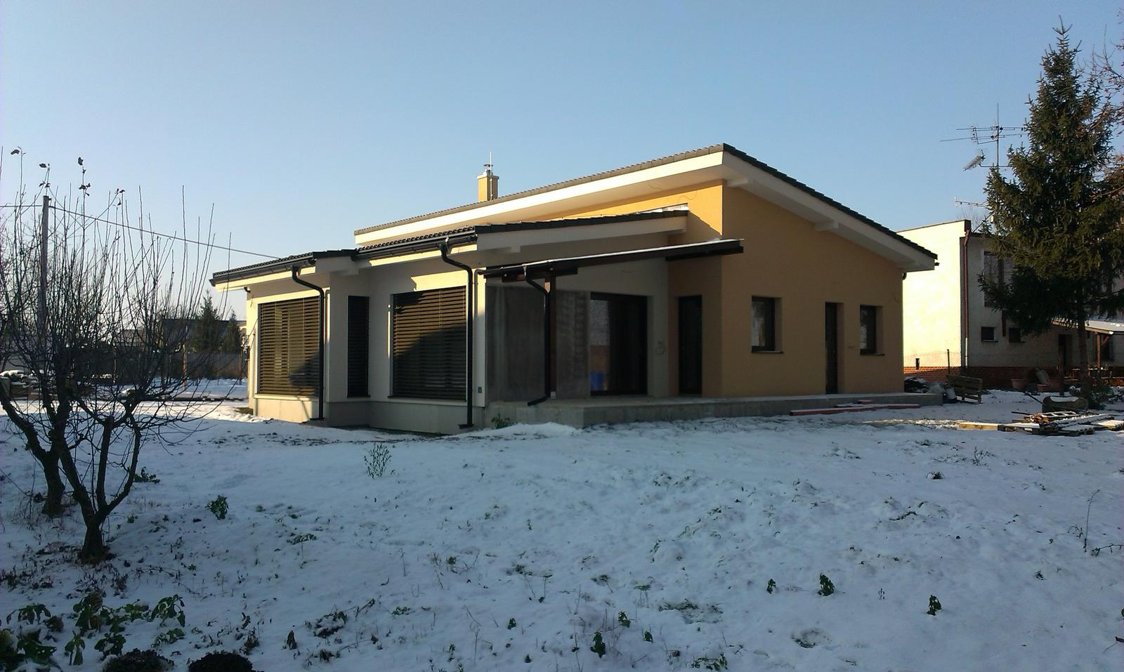 Bungalov s pultovymi strechami - Obrázok č. 81
