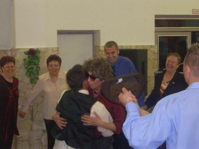 Martina{{_AND_}}Radoslav - Môj drahý brat...asi vyznáva lásku...môjmu drahému už manželovi...