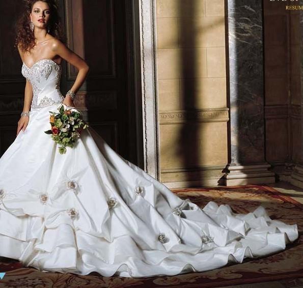Svadobné šaty, čo sa mi páčia :) - Obrázok č. 4