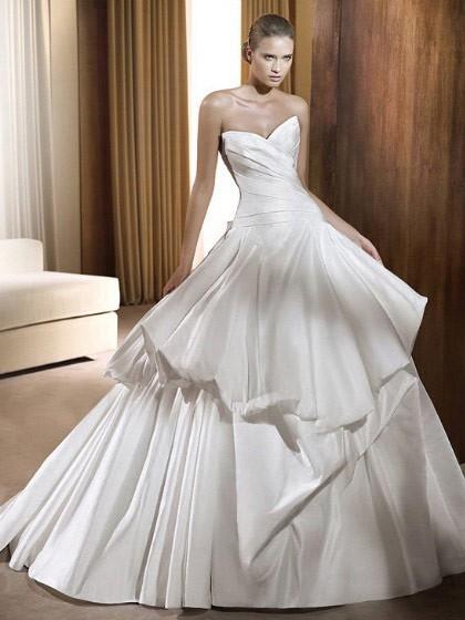 Svadobné šaty, čo sa mi páčia :) - Obrázok č. 9