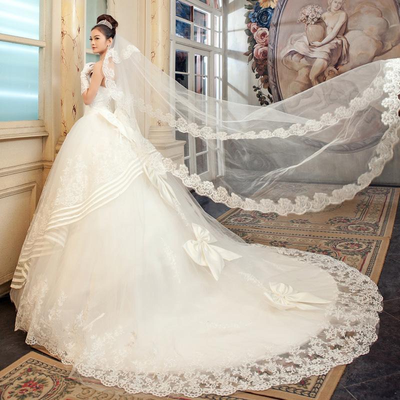 Svadobné šaty, čo sa mi páčia :) - Obrázok č. 15