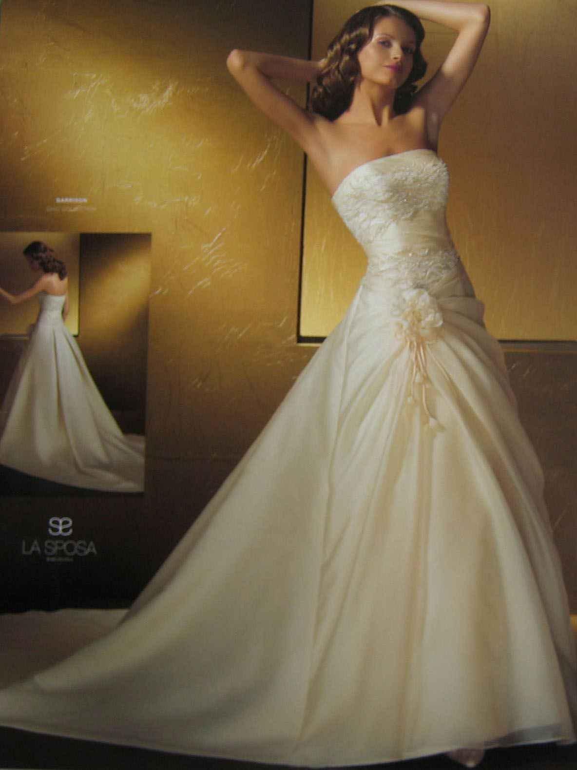 Svadobné šaty, čo sa mi páčia :) - Obrázok č. 16