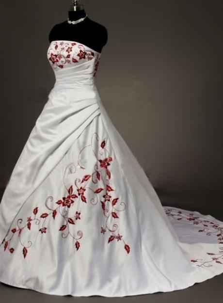 Svadobné šaty, čo sa mi páčia :) - tieto sa mi vždy páčili, no ked bola moja svadba na spadnutie, nikde som ich nenasla :/