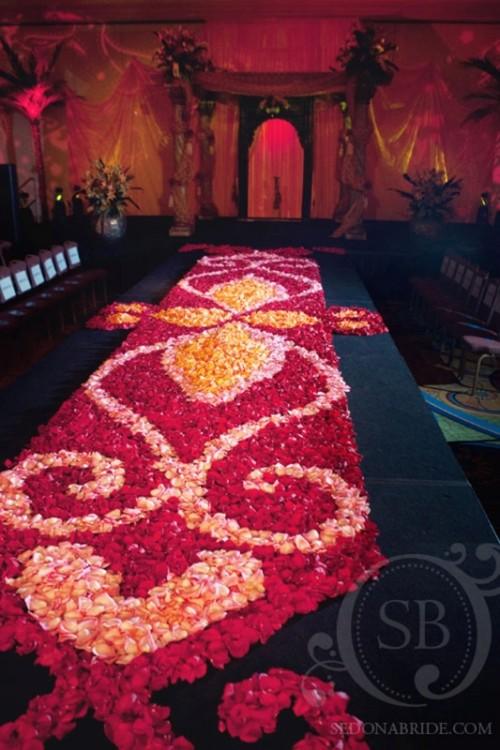 Once upon a time...my wedding dreams - krásne veci sa dajú robiť z lupienkov ruží