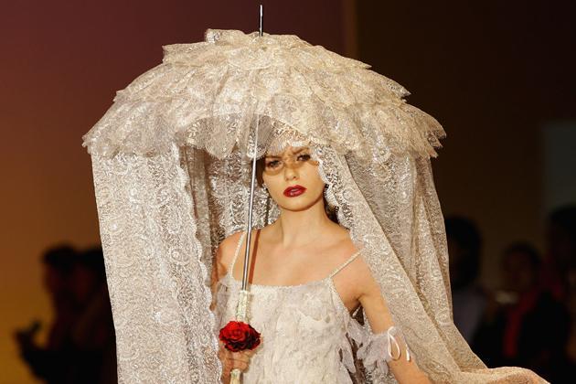 Prichádza nová moda svadobných závojov :-D :-) - Obrázok č. 1