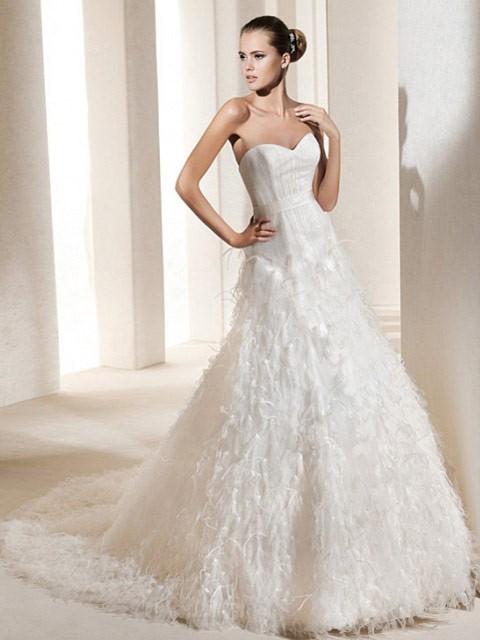 Svadobné šaty, čo sa mi páčia :) - Obrázok č. 24