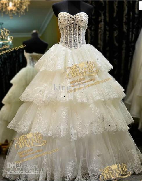 Svadobné šaty, čo sa mi páčia :) - Obrázok č. 25