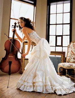 Svadobné šaty, čo sa mi páčia :) - Obrázok č. 30