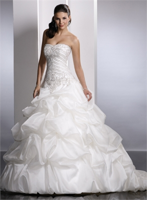 Svadobné šaty, čo sa mi páčia :) - Obrázok č. 34