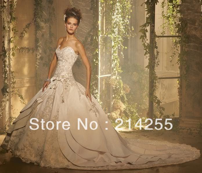 Svadobné šaty, čo sa mi páčia :) - Obrázok č. 37