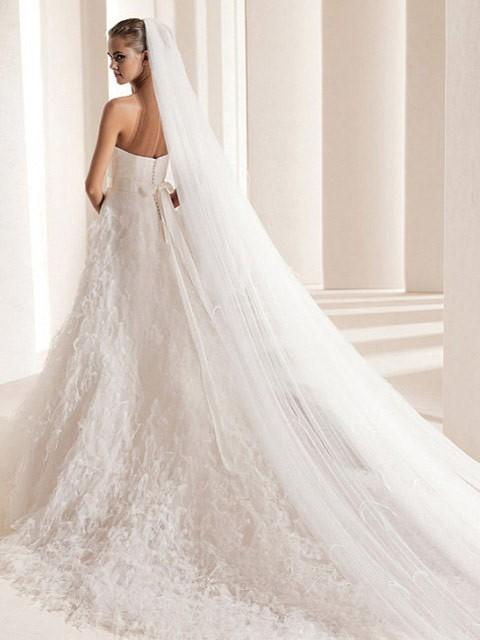 Svadobné šaty, čo sa mi páčia :) - Obrázok č. 38