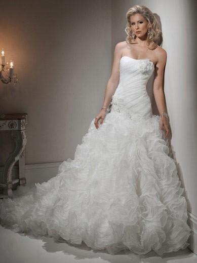 Svadobné šaty, čo sa mi páčia :) - Obrázok č. 39