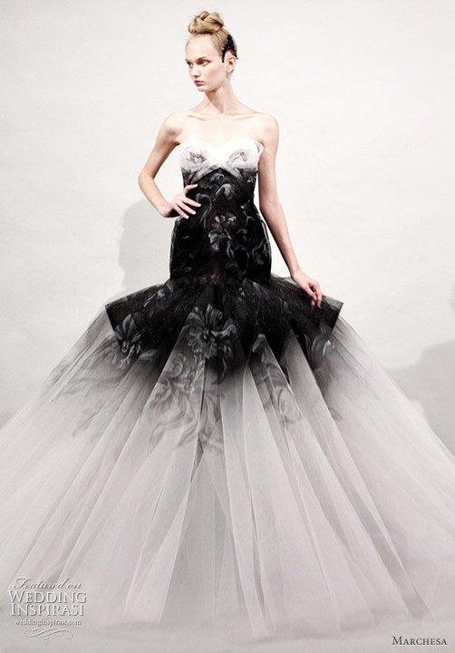 Svadobné šaty, čo sa mi páčia :) - Obrázok č. 44