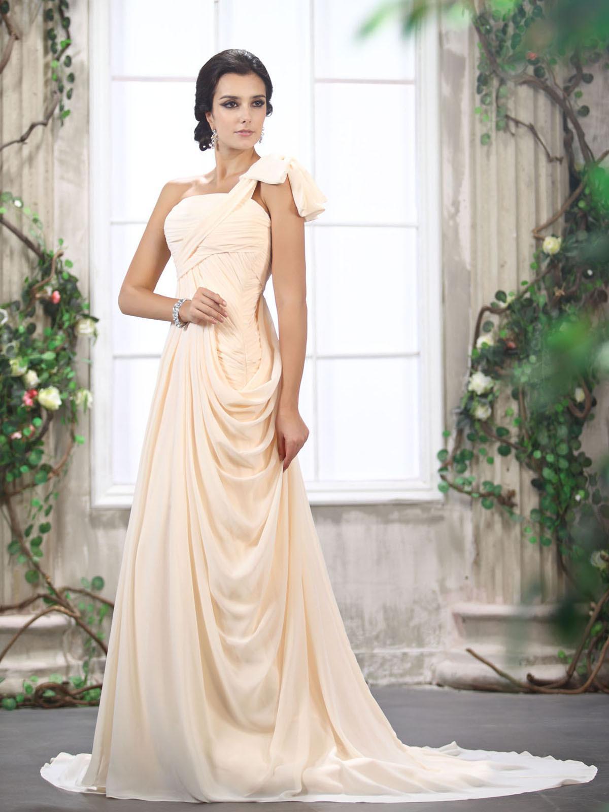 Svadobné šaty, čo sa mi páčia :) - Obrázok č. 54