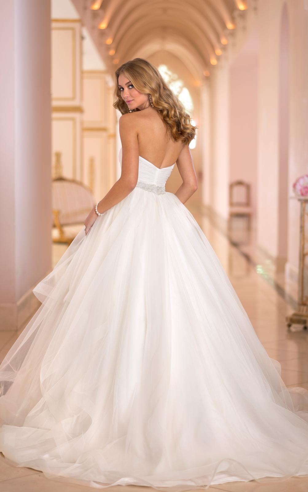 Svadobné šaty, čo sa mi páčia :) - Obrázok č. 74