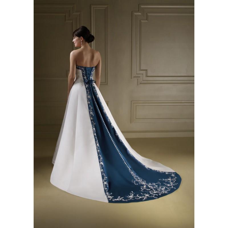 Svadobné šaty, čo sa mi páčia :) - Obrázok č. 92