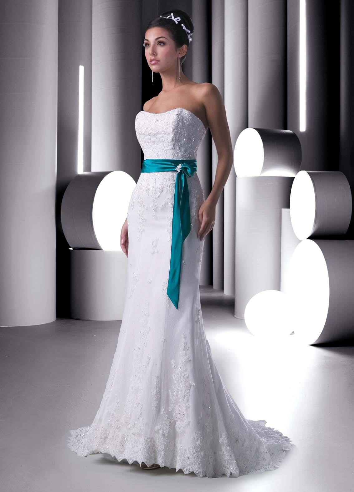 Svadobné šaty, čo sa mi páčia :) - Obrázok č. 135