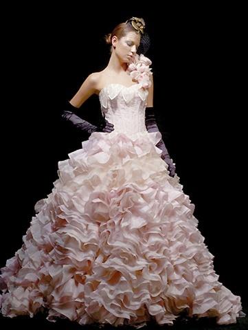 Svadobné šaty, čo sa mi páčia :) - Obrázok č. 170