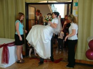 první manželská překážka úspěšně překonána